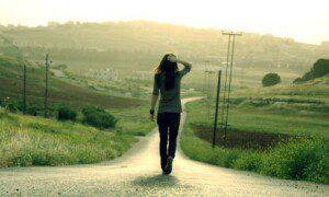 camminare-rigenera-il-cervello-allevia-la-tristezza-e-lo-stress